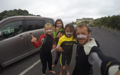 Club de surf de l'école, les «Mini» Sea Dogs